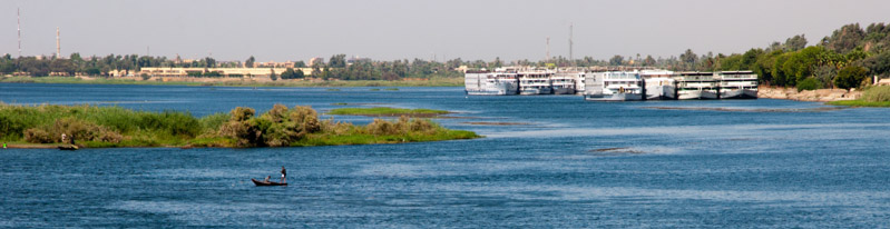 Egypt: ships in the Nile